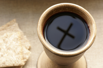 holy-communion-cross-in-cup